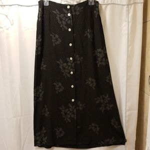 Liz Claiborne Lizsport Black skirt Size 10